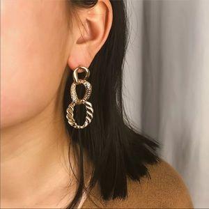RAYE ✨ Gold Chunky Chain Vintage Style Earrings